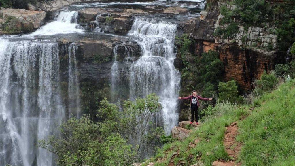 Watter-Fall-South-Africa-me